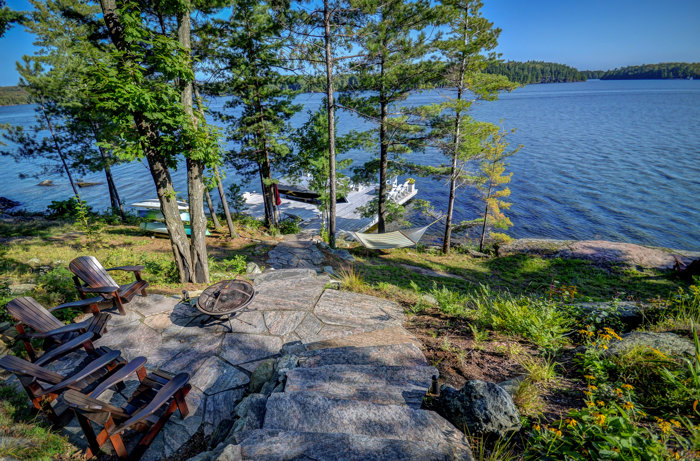 Lake Rosseau waterfront cottages