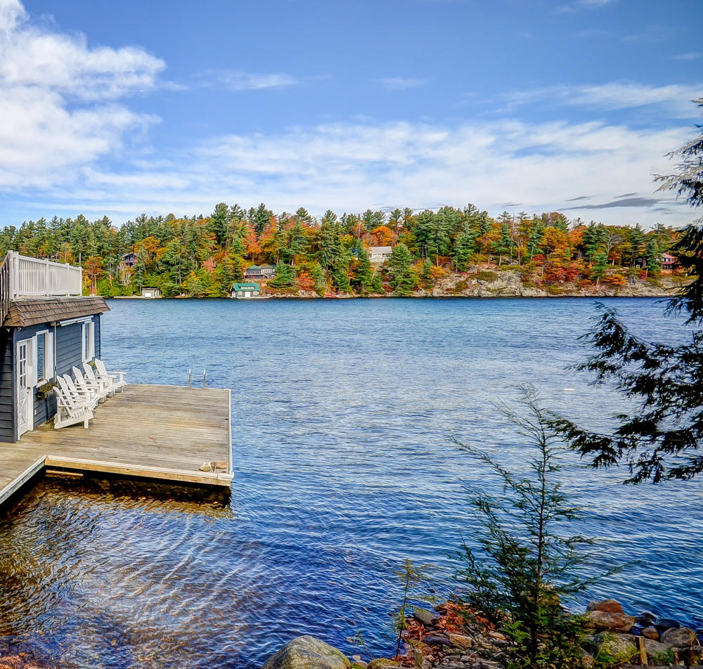 Lake Rosseau waterfront cottages for sale